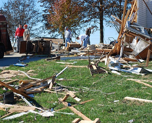 Tornadoes damage two Illinois churches, members' homes ...