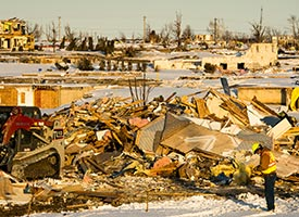 Disaster staff revisit Illinois, Colorado; distribute grants