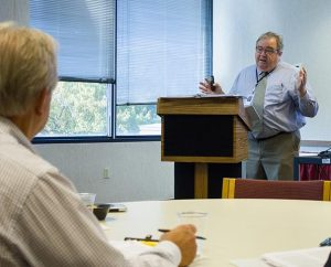 """Phil Meinzen, director of Training and Mentoring for the LCMS Foundation, leads a session during a """"Lifetime Plan for Giving"""" seminar. (LCMS Foundation/Adrian Bordeleau)"""
