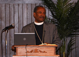 Ethiopian church leader visits Synod seminaries