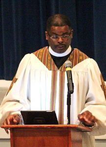 The Rev. Donald Anthony, pastor of Grace Lutheran Church, Concord, N.C., leads worship March 8 at the end of the 2015 Civil Rights Symposium at Concordia College Alabama. (Concordia College Alabama/Nate Pinkston)