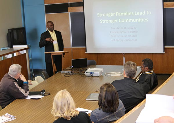 """The Rev. Amos Gray of First Lutheran Church, Hot Springs, Ark., leads a breakout session on reaching out to teens at the """"Stand Firm in the City"""" conference Oct. 12-14 in Fort Wayne, Ind. (Jayne Sheafer/Concordia Theological Seminary)"""