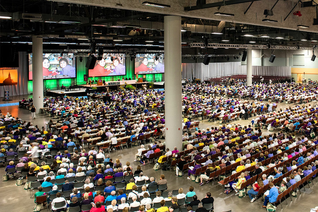 Participants gather at the 36th Biennial Convention of the Lutheran Women's Missionary League June 26, 2015, in Des Moines, Iowa. The LWML's next convention is set for June 22-25, 2017, in Albuquerque, N.M. (LCMS/Erik M. Lunsford)