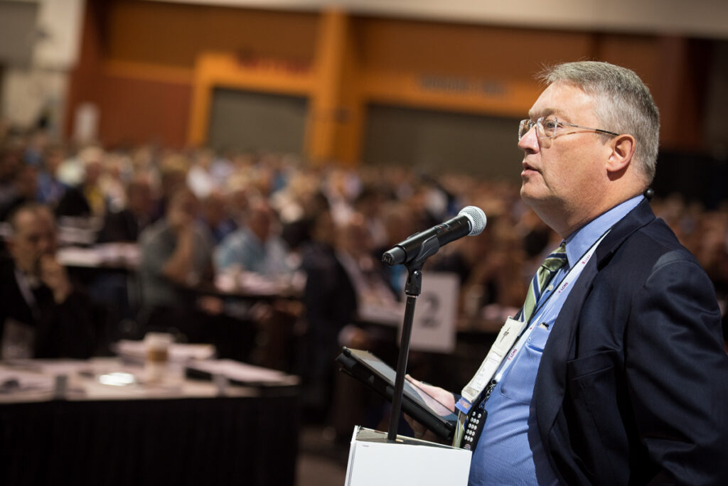 """LCMS Northwest District President Rev. Dr. Paul Linnemann addresses the LCMS convention on Wednesday, July 13, 2016, about a particular ecclesiastical-supervision case """"that has drawn a lot of attention"""" in the Synod over the past few years and one in which he was """"directly involved."""" (LCMS/Michael Schuermann)"""